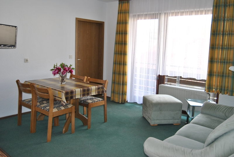 Wohnung 3 Und 7 Ferienwohnungen Zimmer Hanna